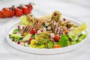 Salade met vleesvervanger